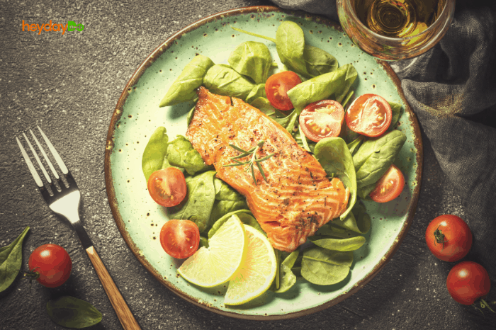 Healthy salmon dinner - heydayDo image